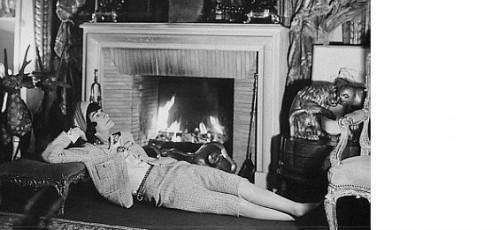 Сложно однозначно сказать в каком стиле были выполнены интерьеры, в которых жила Коко Шанель.